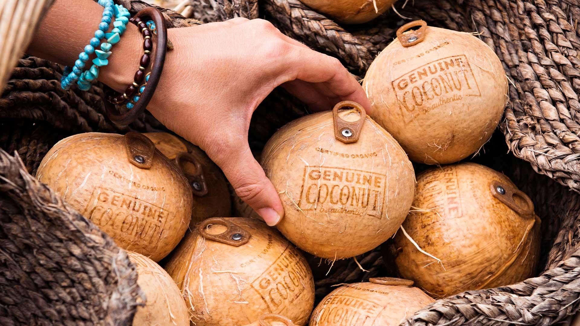 agua-de-coco-genuine-coconut-tailandia1