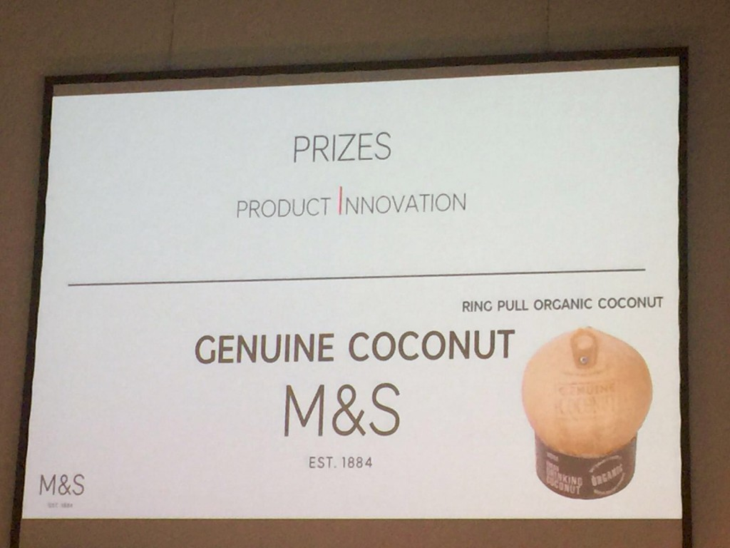 Agua de coco Genuine Coconut Premio innovation